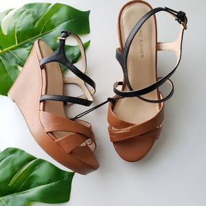 NWT Marc Fisher Weekie wedge sandals